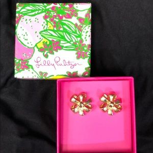 NWT Lilly Pulitzer Bow Tie Earrings